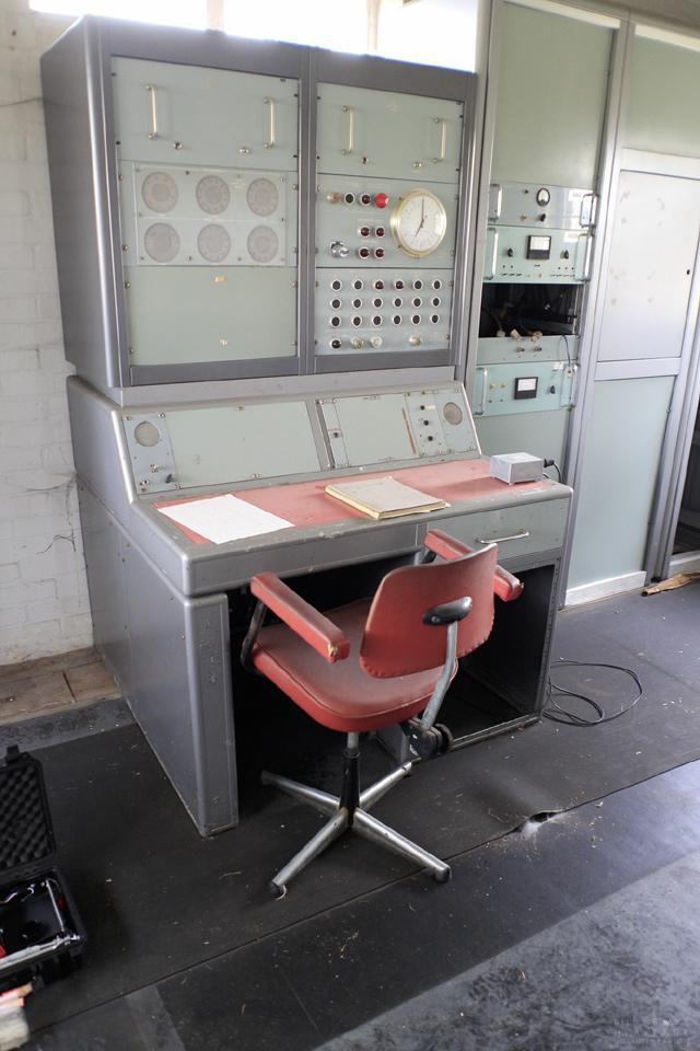 Telescope 3 Desk_01